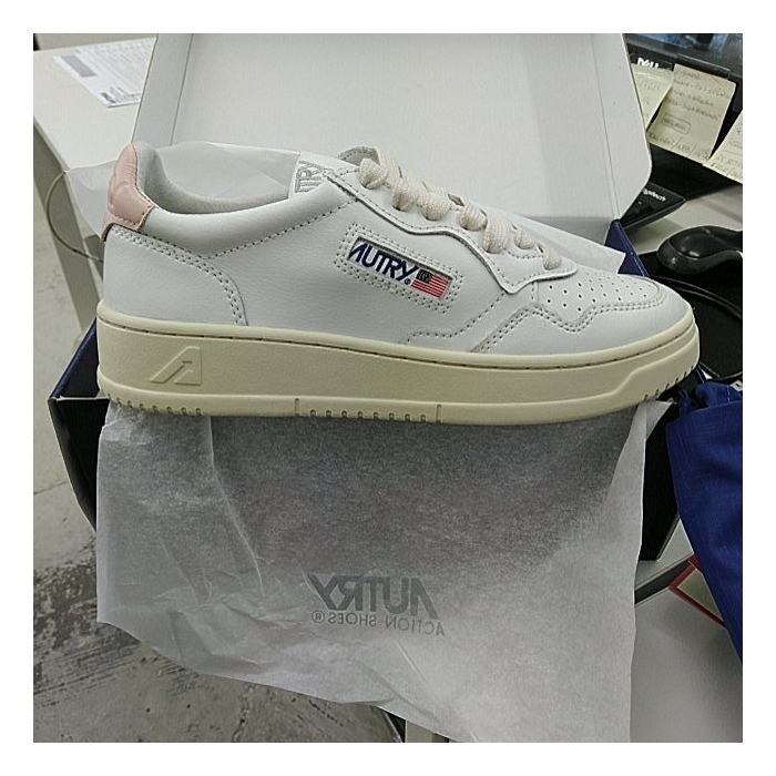 AUTRY White Leather Low-Top Skeakers AULW 8