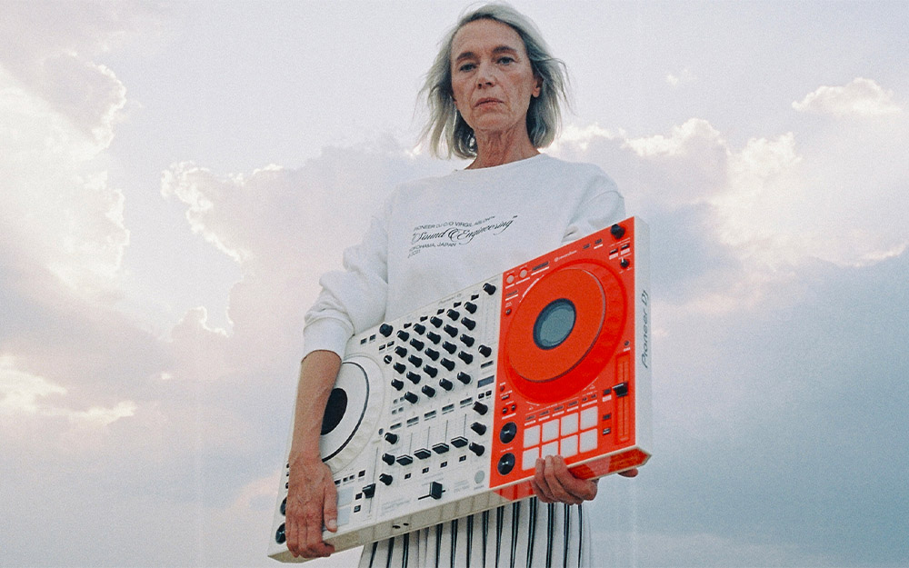 UNVEILING THE PIONEER DJ C/0 OFF-WHITE™ LIMITED-EDITION COLLABORATION